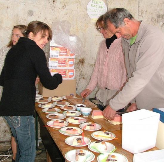 Les glaces de la ferme Raguin des Longevilles Mont d'Or : un délice!